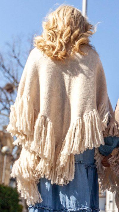 Gulla sjal i offwhite - Dehn Design AS