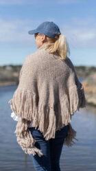 Milla sjal i lys beige fra Dehn Design AS