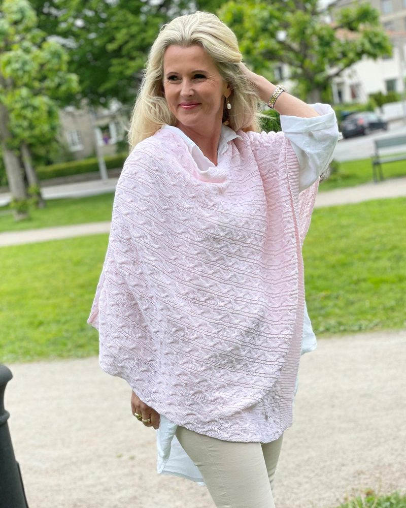 Phillippa poncho i pale pink - Dehn Design AS