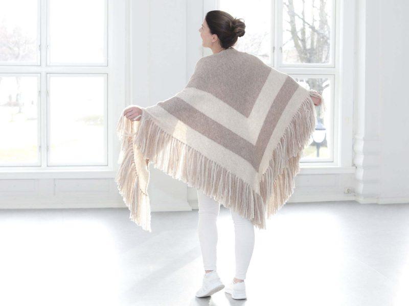 GRACE sjal by Merete Dèhn